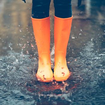 Footsteps in water
