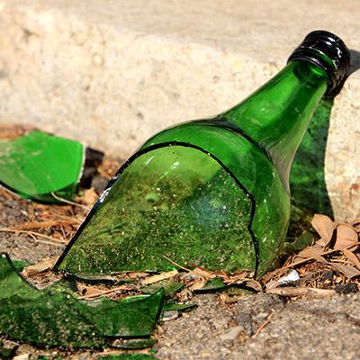 Glass bottle break