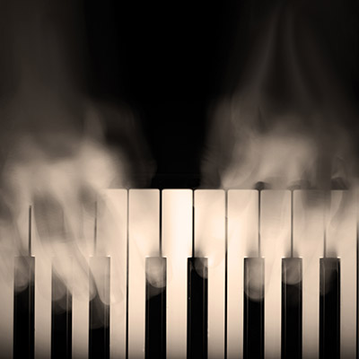 Piano hits, suspense accent, suspenseful - 01