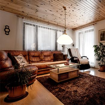 Room tone with clock, open window