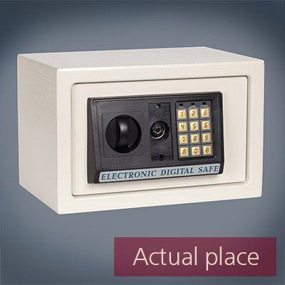 Small safe, key entry, open and close door
