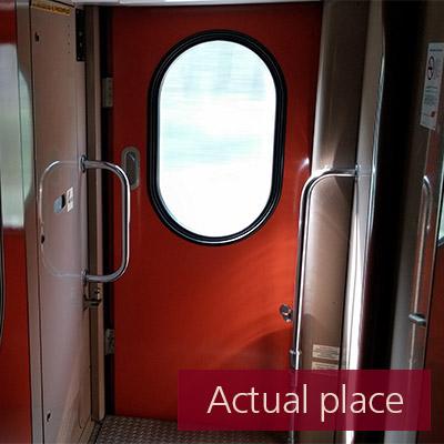 Train vestibule - 01 (5.1)