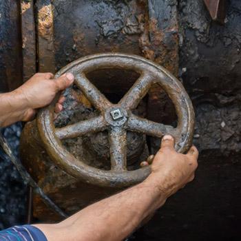 Turning valve