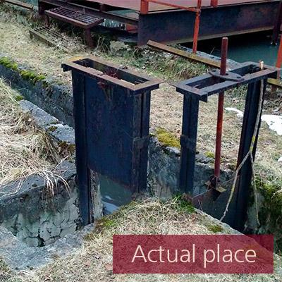 Water drain, gully, drainpipe, waterfall (medium distance) - 03